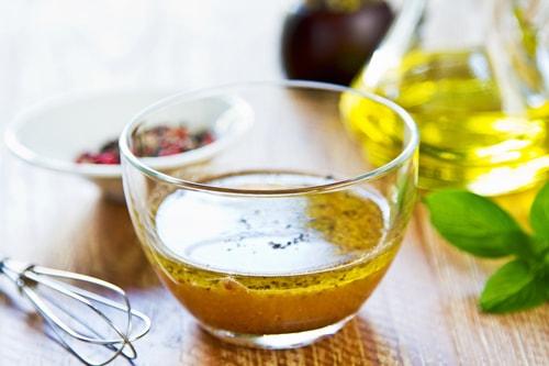 Vinaigrette à l'huile de coco bio et à l'ail
